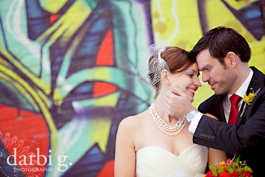 Darbi G Photography-Kansas city wedding photographer-hobbs building-DarbiGPhotography-041611-CaitJeff-w-2-158