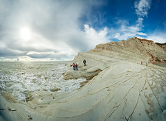 Scala Dei Turchi IV (Philipp Klinger Photography) Tags: trip italien blue light shadow sea vacation sky people italy sun white holiday nature wet water lines weather rock landscape island gold golden nikon rocks europa europe mediterranean italia waves bright south horizon wave bluesky tourists southern scala sicily layers philipp dei sicilia mediterraneansea agrigento southerneurope klinger sizilien turchi scaladeiturchi d700 dcdead