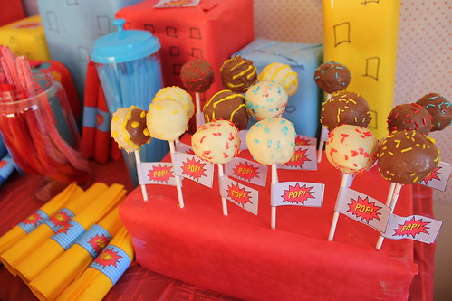 Cake pops at the Superhero Party