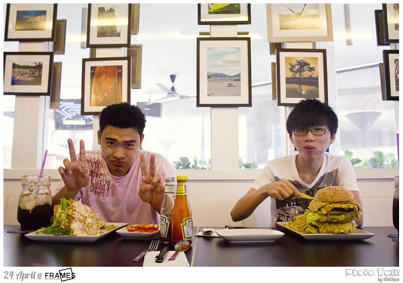 Frames cafe : Zi Zheng & Terry
