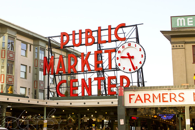 Pike's Place Market - Main Sign