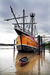 Santa Maria (TheNickLux) Tags: columbus ohio river ship santamaria scioto