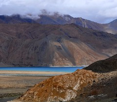 Pangong Lake (@mons.always) Tags: blue lake mountains clouds landscape nikon leh ladakh pangong pangongtso d90