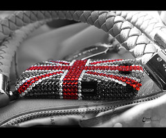(3    d ) Tags: uk red london you unitedkingdom miss   3houd ohoud