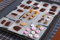 Bestseller Tray (weggart) Tags: miniature chocolate burger mini polymerclay fimo fries donuts minifood weggart