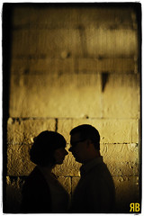Love Like an Egyptian (Ryan Brenizer) Tags: nyc woman man love engagement nikon egyptian themet 50mmf12ais d3s