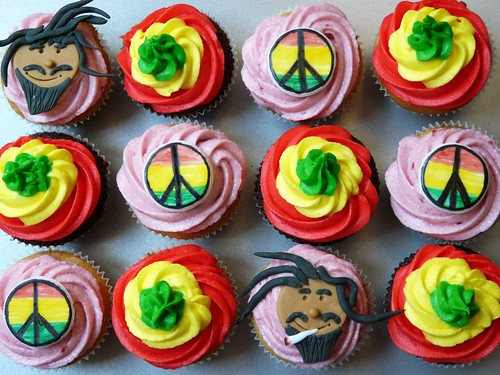 Hey Mon Rasta Cupcakes by Sugar Daze (f/k/a LittleMissCupcakeParis)