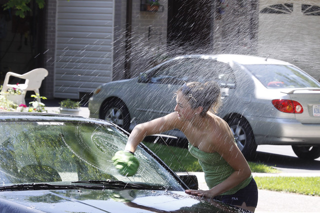 jac washing car