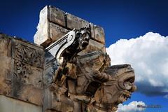 Trapped in the wall... (Mario Pellerito) Tags: trappedinthewall trapped wall canon eos 60d 18135 sicilia sicilie sicily arte art sky italia italy italie mariopellerito sincity scicli barocco unesco