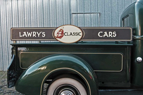 Lawry's Classic Cars