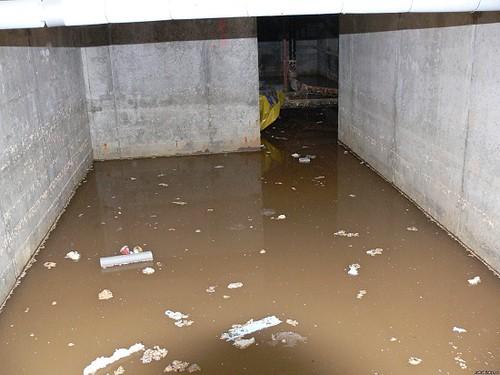 Неправильно организованная система дренажа может привести к потопам