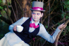 mad hatter (arrowlili) Tags: nature woods tea lotr tophat lordoftherings shire johnnydepp magical eveninggown madhatter jrrtolkien aliceinwonderland lewiscarroll tamron2875mm canoneos50d