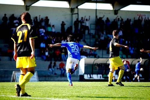 Jogo de futebol entre Cinfães e Bustelo