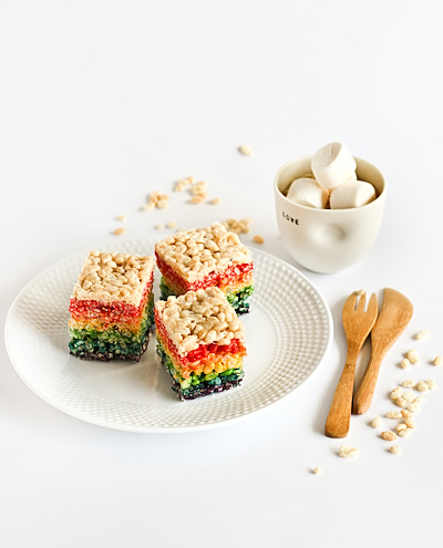 rainbow_rice_krispie_treats-15