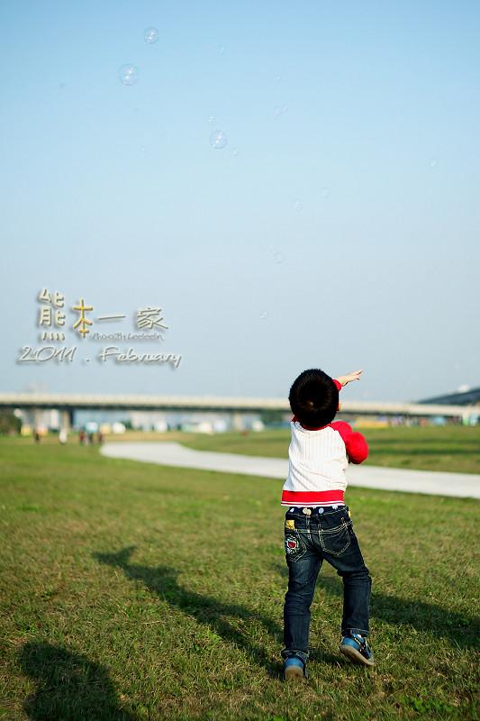 大佳河濱公園|毛毛蟲嘉年華遊行
