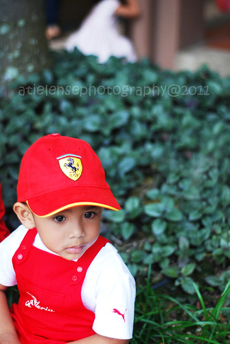Rayyan...my 3rd birthday..u like my cap?