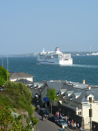 Pont Aven passing Cobh by despod