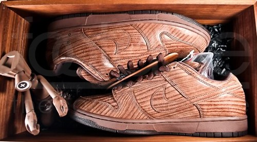 wood grain shoes 1
