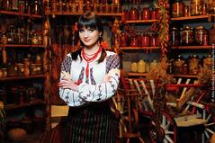 (Alex Iordache) Tags: popular stela moldova moldovenesc botez muzica național stelabotez tradiție cobză roatavremii