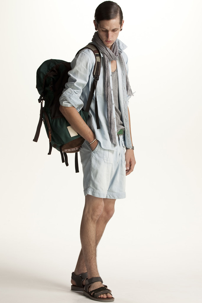 FACTOTUM HOMME 2011 SS 021_Tommy Cox
