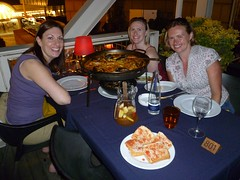 Teachers eat paella