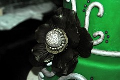 Flower close up (Amy Caitlin - Cakes) Tags: green cake 16 sweetsixteen fondant gumpaste blackflower sweetsixteencake silvercake gumpasteflower greenfondant silverswirlscake