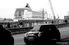 Amsterdam: Cruise ship meets (New) Mini (Amsterdam RAIL) Tags: auto netherlands car amsterdam nederland vessel mini voiture coche cruiseship panama streetview msc newmini motorcar cruiseschip mscopera