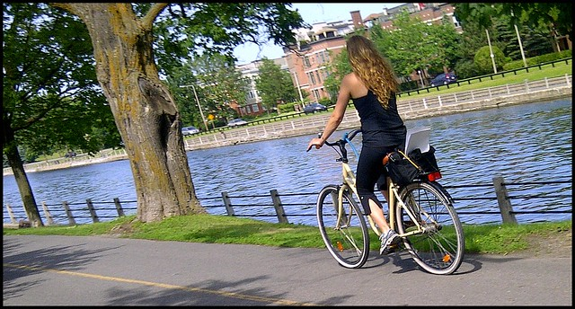 creme bike canal