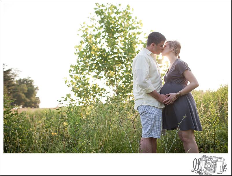 matt+meghan_blog_stl_maternity_photography_12