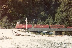 EO locos Arthurs Pass 1980 (AA654) Tags: newzealand snow electric arthur pass rail loco tunnel 45 locomotive railways 74 arthurs eo nzr