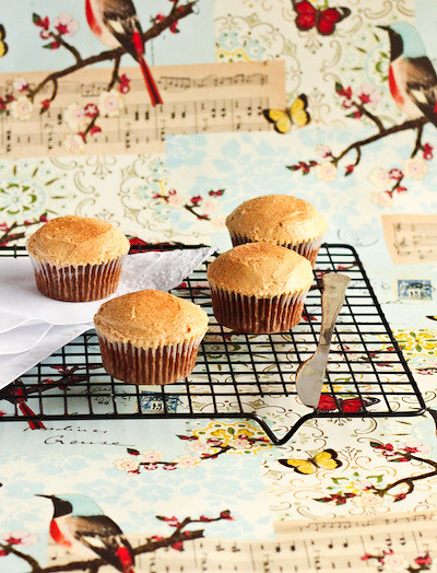 spiced_apple_maple_cupcakes-2