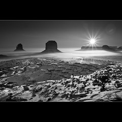 Sunrise in Monument Valley - Arizona (Dominique Palombieri) Tags: arizona usa snow rock fog sunrise landscape utah flickr fav20 dominique monumentvalley fav30 100iso 17mm 2011 fav10 fav40 the4elements canoneos7d lensefs1755mmf28isusm palombieri 1180secatf16