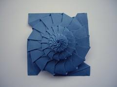 16-sided flower tower (Dasssa) Tags: star origami chrispalmer flowertower