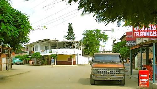 san-clemente-ecuador-beach