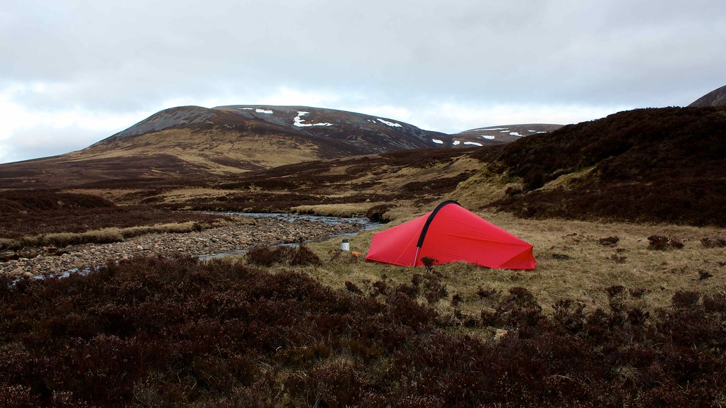 Beinn Iutharn Mhor and Tent