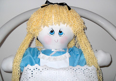 Alice_01 (pudim_de_pano) Tags: artesanato avental bonecadepano costura moldes portafraldas bolsatecido
