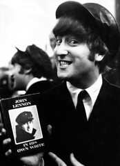 John Lennon. In His Own Write (CoolHunting Project) Tags: books johnlennon literatura thebeatles alejandrogmez inhisownwrite aspaniardintheworks thedailyhowl
