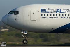 4X-EAD - 22975 - El Al Israel Airlines - Boeing 767-258ER - 110408 - Luton - Steven Gray - IMG_3933