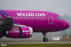 HA-LPJ - 3127 - Wizzair - Airbus A320-232 - Luton - 110302 - Steven Gray - IMG_0227