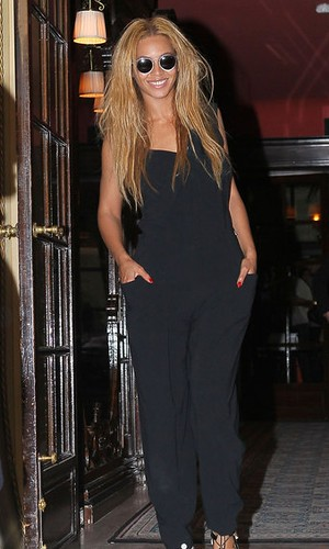 Paris Fashion Week- Beyonce Knowles