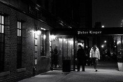 Peter Luger, Brooklyn Smell (mith17) Tags: street nyc light bw building nikon d700