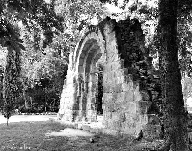 (342) Ruinas románicas en el Retiro