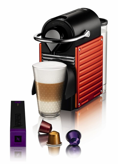 1_MACHINES_NESPRESSO_PIXIE_ELECTRICRED_121520101248