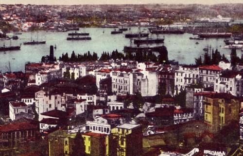 Istanbul, Corne d'or (années 1930?), carte postale colorisée, détail