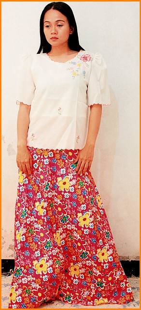 Balintawak Costume Philippines http://www.ebay.com/itm/Philippines-FILIPINIANA-COSTUMES-Skirt-BALINTAWAK-New-/290497758205