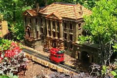 Cheekwood: Trains! 3 Cheekwood Mansion and Ladybug