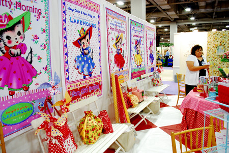 Pam Kitty Booth