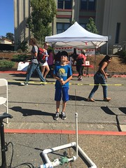 Davidson Makers hosting rocket launching booth at Summerfest 9-24-16 (Mr. Singer) Tags: mc st et 201617