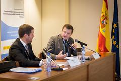 """Evento """"Nuevos retos para la economía española: crecimiento sostenible, unión de la energía e inmigración"""" • <a style=""""font-size:0.8em;"""" href=""""http://www.flickr.com/photos/132904123@N05/30055891766/"""" target=""""_blank"""">View on Flickr</a>"""