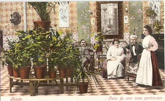 Un patio de Toledo a comienzos del siglo XX. Foto Purger